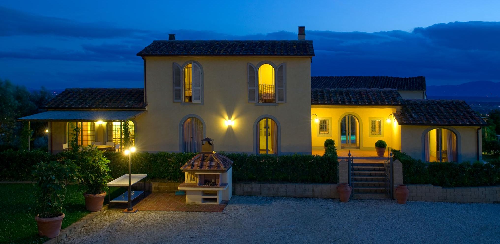 Borgo Casorelle Fienile in notturna