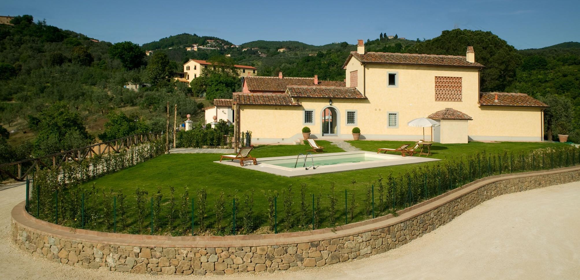 Borgo Casorelle Fienile Piscina